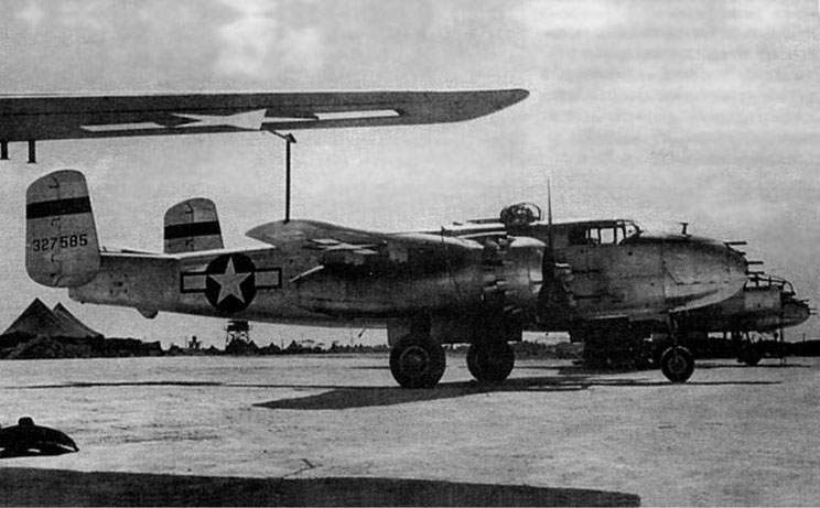 «Mitchell» B-25J-1 (43-27585), 48 BS, 41 BG, June 27 1945