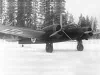 Второй Бристоль «Бленхейм» Mk.1 (BL-105) прибыл на аэродром Иммола 15 ноября 1937