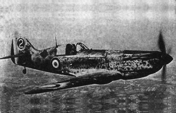One of last fighters D.520 struggled in structure of group 6CB I/18 in April, 1945