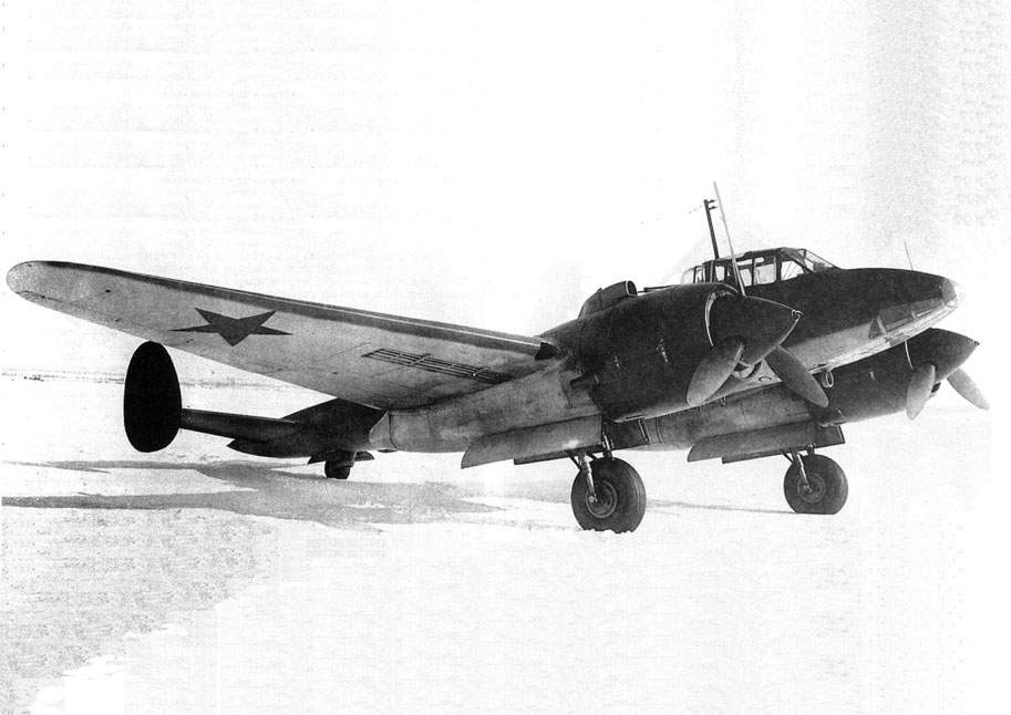 The Pe-2 ser. 19/31 with the M-82 engines at NII VVS, April 1943