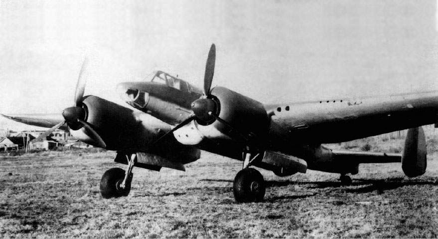 The Su-8 twin-engined attack aircraft