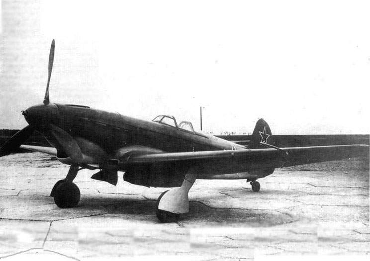 The Yak-9 (prod. #09-89) as escort fighter version (Yak-9DD) during official state evaluations In June 1944