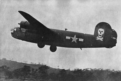 A B-24D-135-CO from the Jolly Rogers, 42-41127.