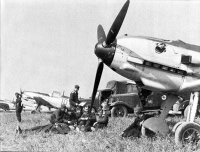 Bf 109E-1S of JG 77 immediately prior to the invasion of France.