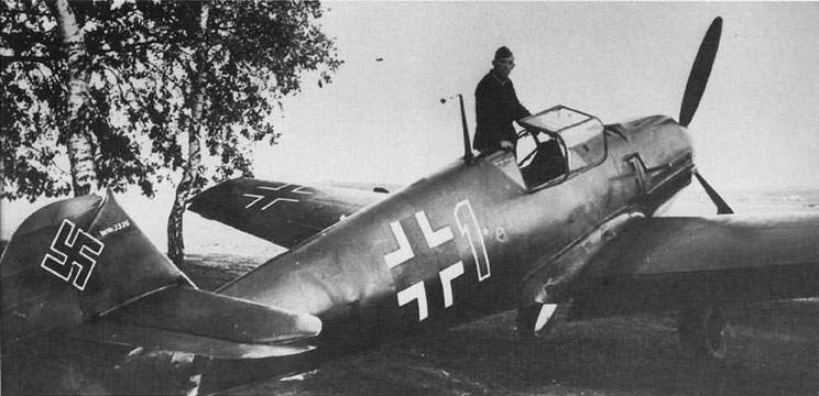 Bf 109E, W Nr 3335 at Bonn-Hangelar on October 6, 1939